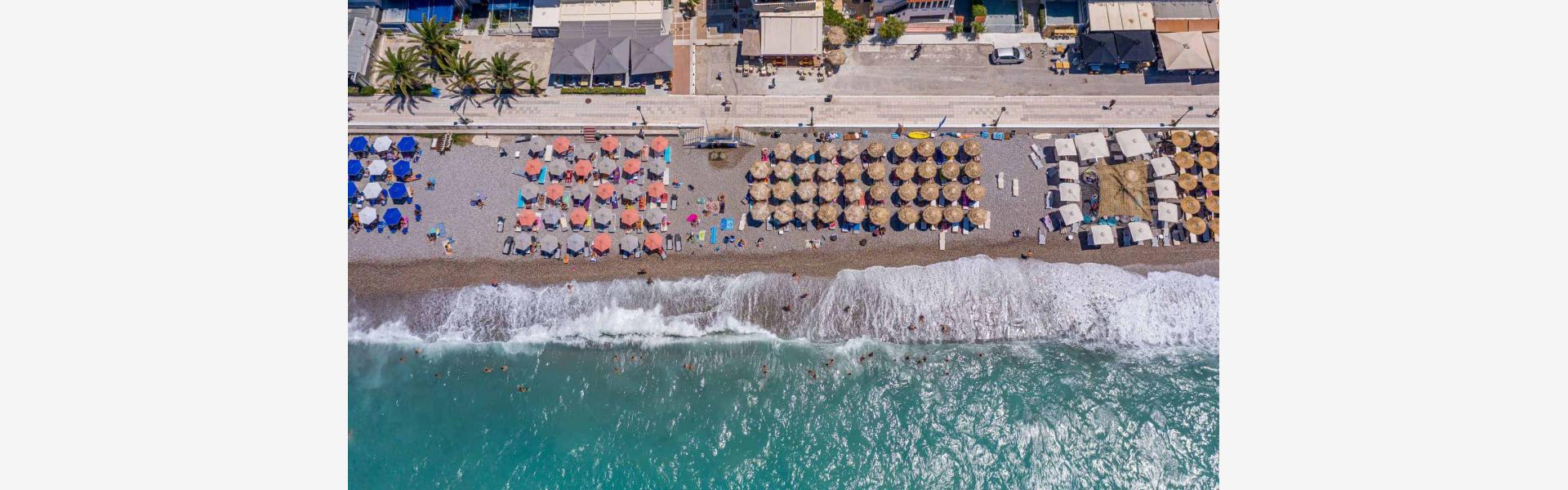 Κεντρική παραλία Λουτρακίου - Πανοραμική