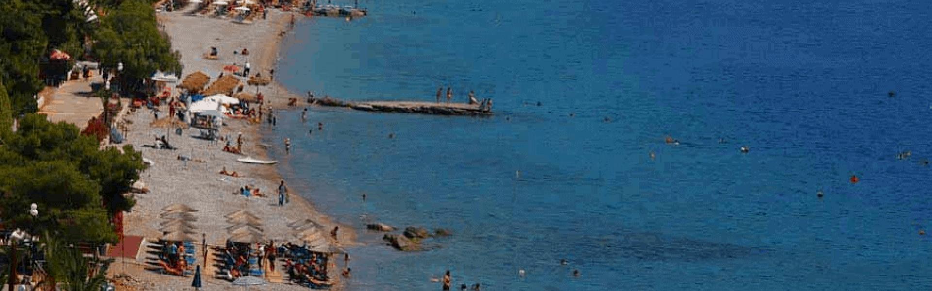 Παραλία Πευκάκια πανοραμική