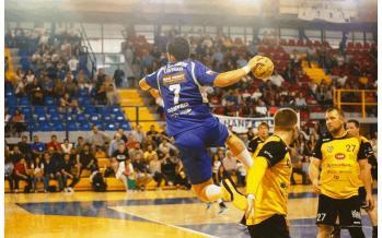 Αγώνας handball στο Λουτράκι